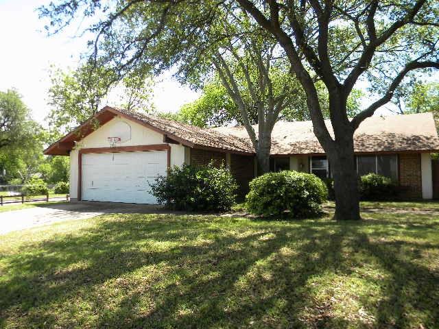 1702 Plantation Rd, Garland, TX