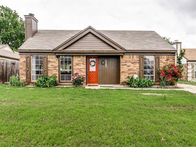 7424 Farm Field Ct, Fort Worth, TX