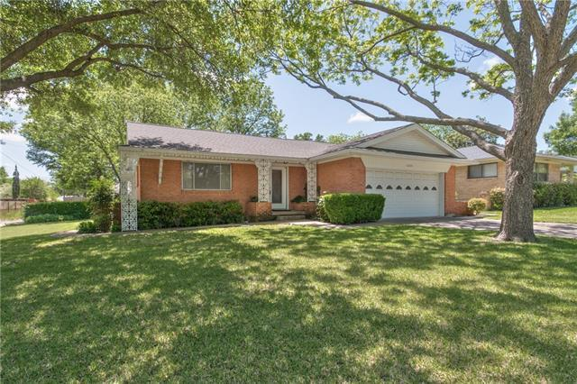 1205 Cherrywood Dr, Richardson TX 75080