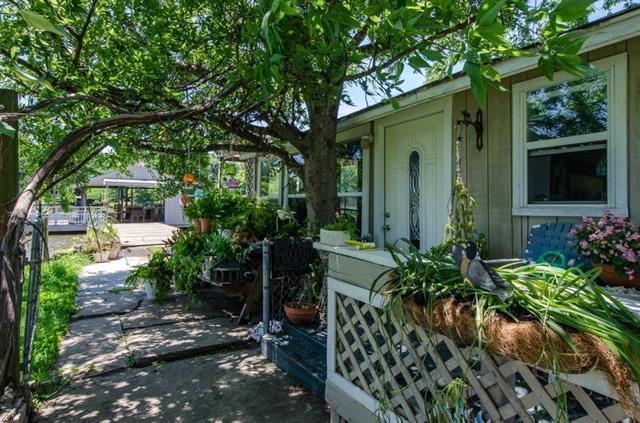 1509 Oak Shore Dr, Kemp TX 75143