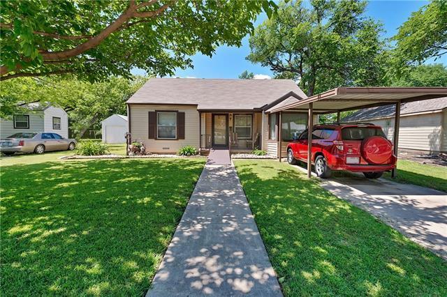 1421 Byrd Dr, Fort Worth TX 76114
