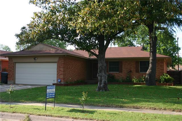 9225 Pondview Dr, Dallas, TX