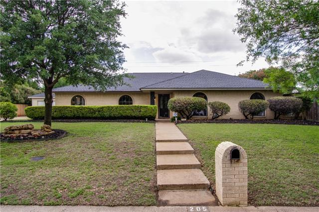 205 Glenmere Dr, Lewisville, TX