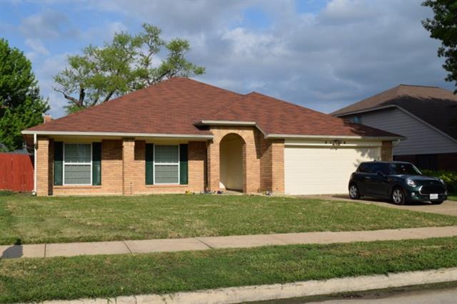 2116 Bentley Dr, Flower Mound, TX