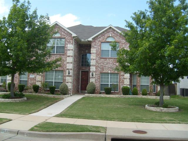 2816 Gillespie Ln, Grand Prairie, TX