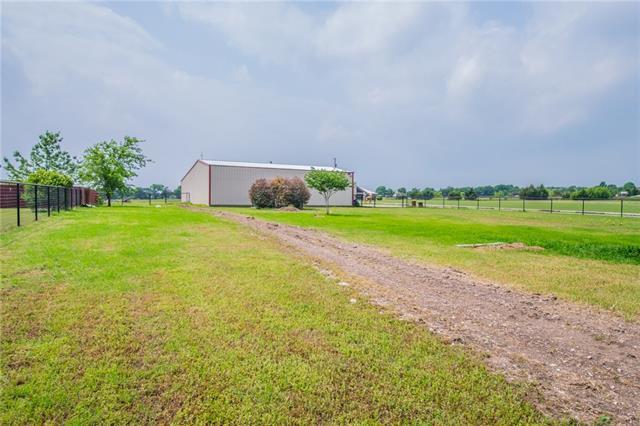 2820 Skinner Rd, Midlothian, TX