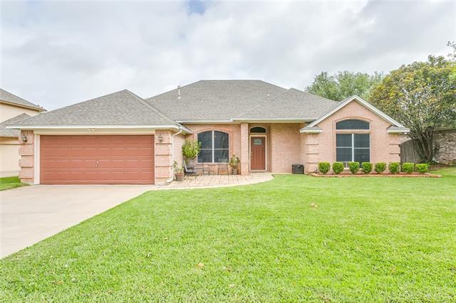 1009 Evandale Rd, Burleson, TX