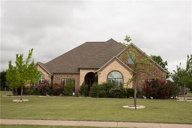 415 Rugged Dr, Red Oak, TX