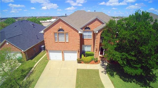5229 Saint Croix Ln, Fort Worth, TX