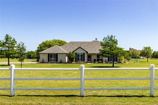 508 Ranch Country Ct, Burleson TX 76028