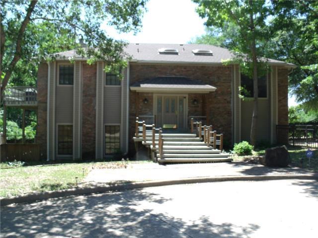 422 Coronado Dr, Grand Prairie, TX