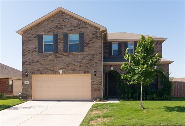 1093 Silver Spur Ln, Fort Worth, TX