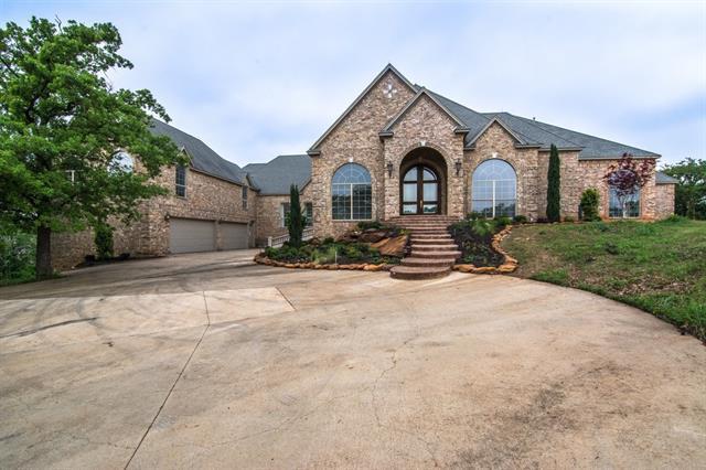 1150 Randol Mill Ave, Roanoke, TX