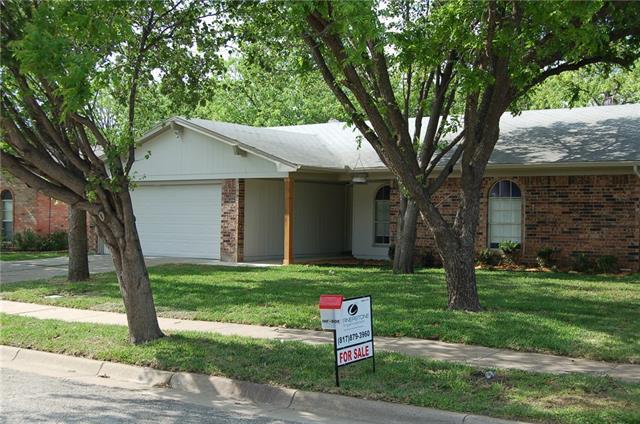 1819 Briar Meadow Dr, Arlington, TX