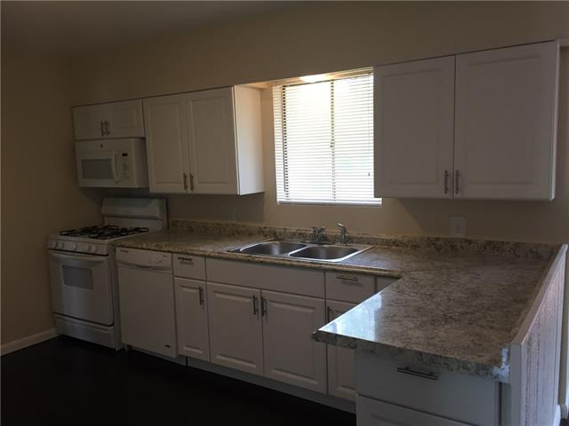 6817 Manor Dr, North Richland Hills, TX