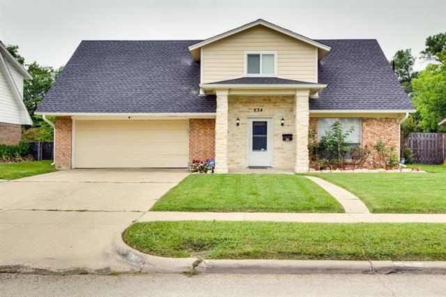 534 Blueberry Ln, Grand Prairie, TX