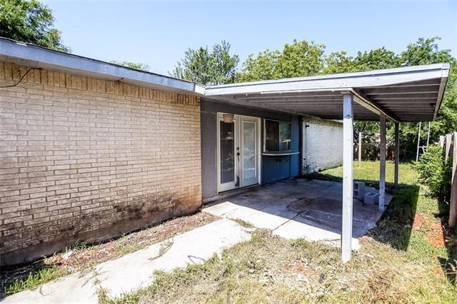 3505 S Edelweiss Dr, Grand Prairie, TX