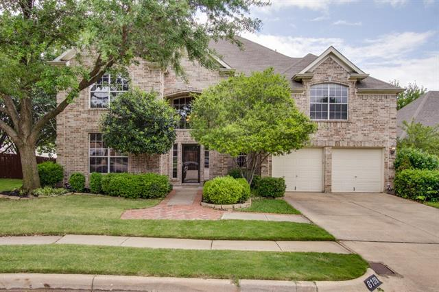 8109 Yellowstone Ct, Fort Worth, TX