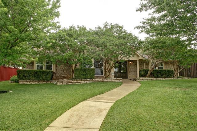 2625 Ramblewood Dr, Carrollton, TX
