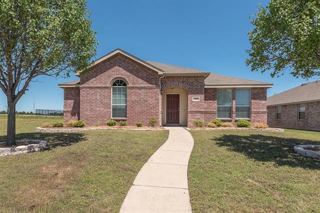 200 Singleton Dr, Royse City, TX