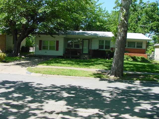 Loans near  Burleson St, Grand Prairie TX