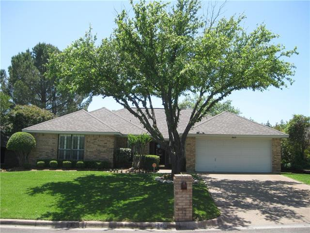 7601 Ramble Wood Trl, Fort Worth, TX