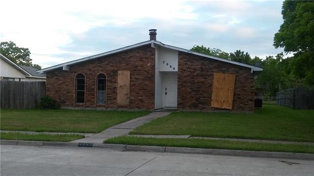 2009 Palmer Trl, Grand Prairie, TX