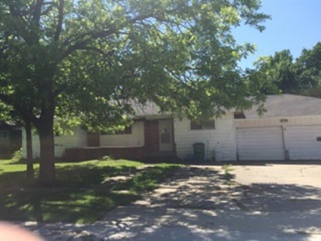 1221 Wolfe City Dr Greenville, TX 75401