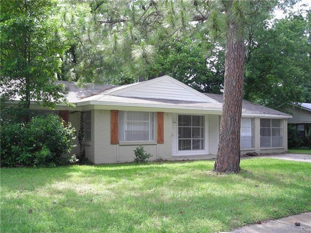 906 Sherwood Dr, Arlington, TX