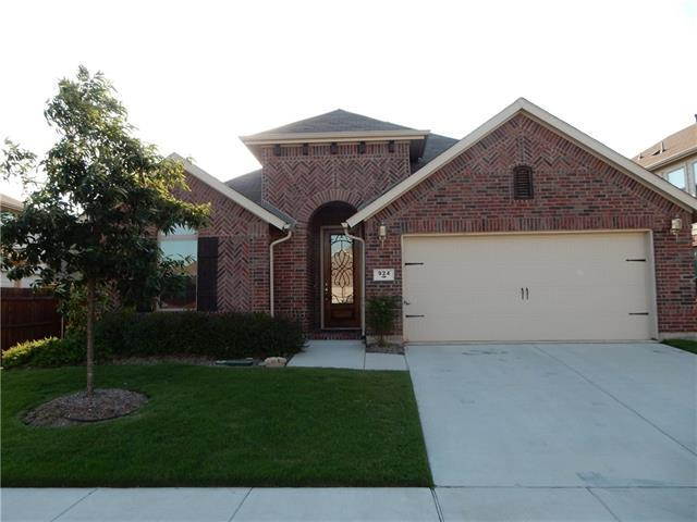 924 Green Coral Dr, Little Elm, TX