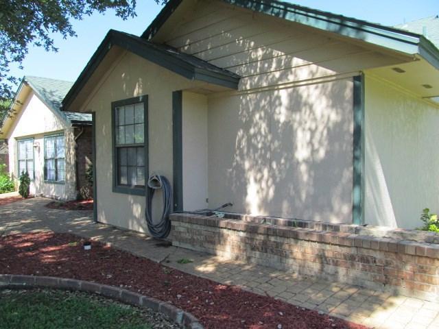 221 Egret Cir, Point, TX
