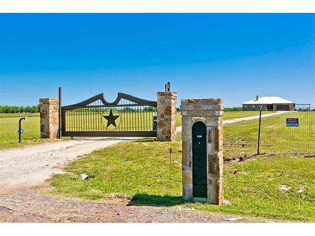 2529 County Road 4106 Greenville, TX 75401