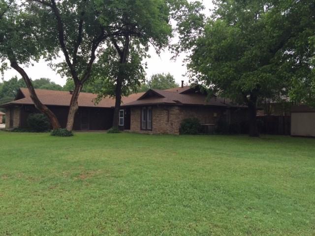 1421 Churchill Dr, Denton, TX