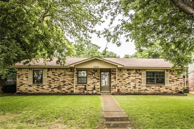1218 W Mitchell St, Arlington TX 76013