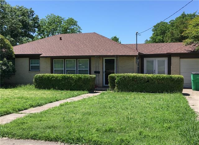 1407 Hillcrest Blvd, Gainesville, TX