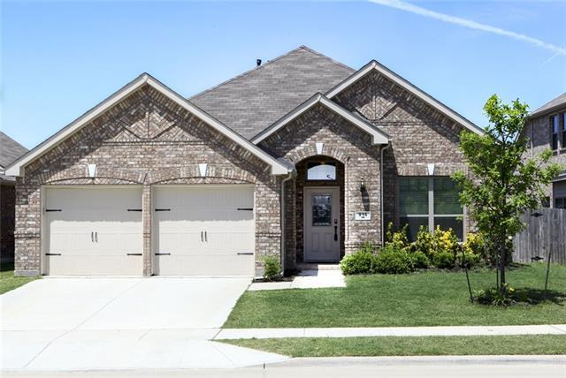 916 Green Coral Dr, Little Elm, TX