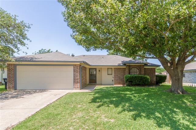 1511 Raintree Ln, Cleburne, TX