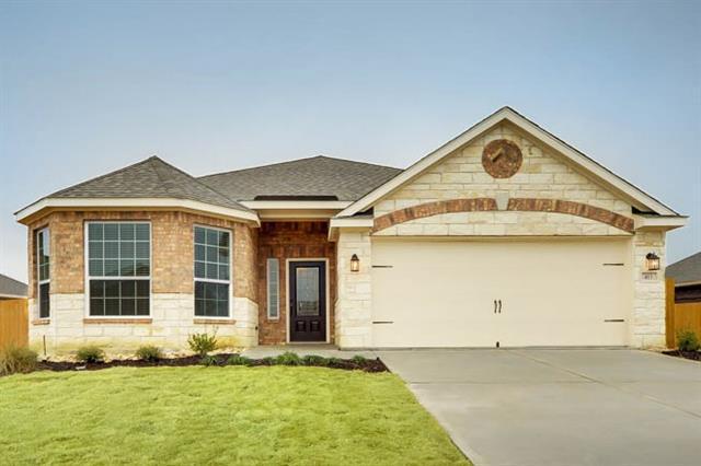 816 Oak Valley Dr, Denton, TX
