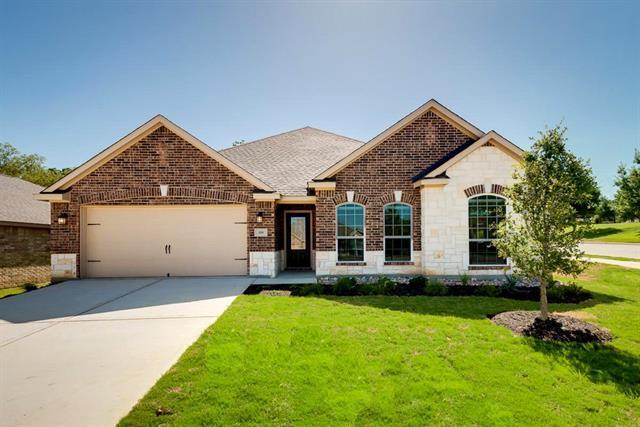 812 Oak Valley Dr, Denton, TX