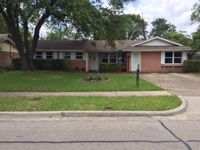 3060 Amber Ln, Dallas, TX
