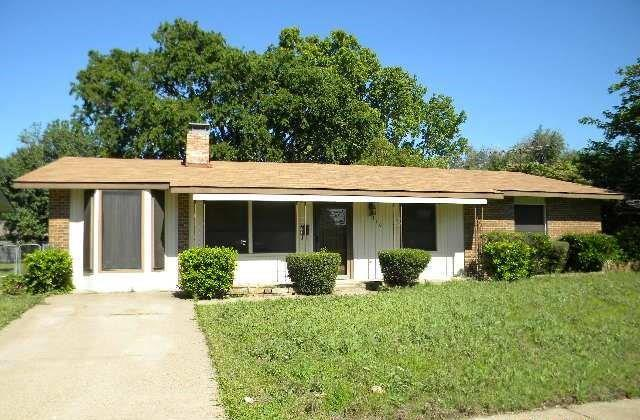 2310 Scotswood Dr, Garland, TX
