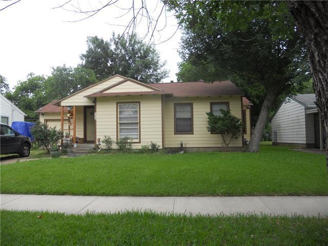 949 Ralph St, Grand Prairie, TX