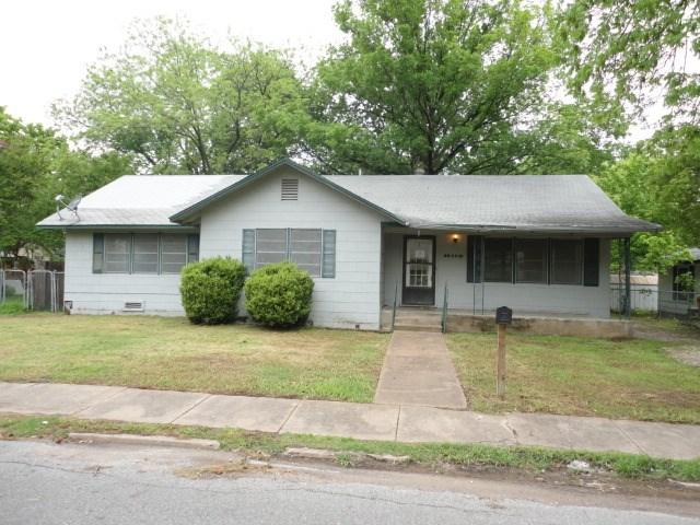 414 W 8th St, Bonham, TX