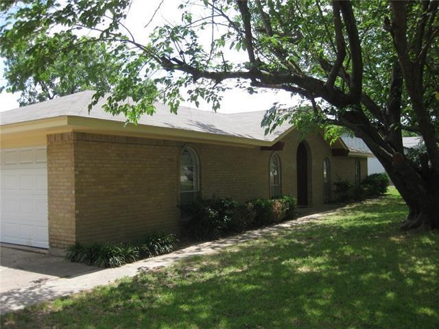 306 Rock Glen St, Desoto, TX