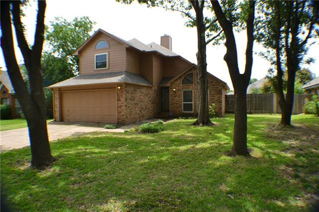 2421 Warrington Dr, Grand Prairie, TX
