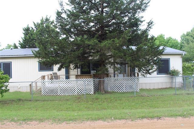 76 Forest Ln, Gordonville, TX