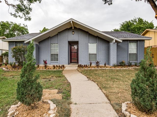 2105 Meadfoot Rd, Carrollton, TX