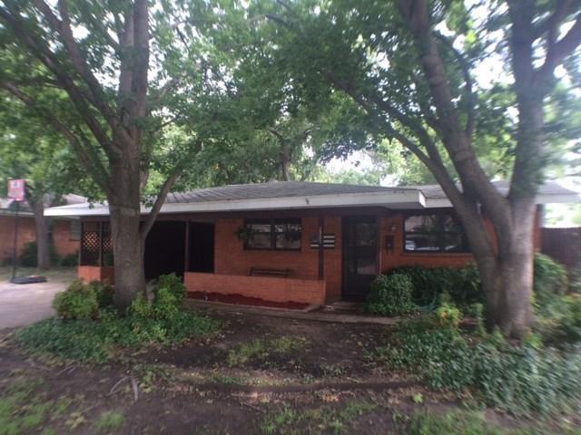 2705 W 11th St, Irving, TX