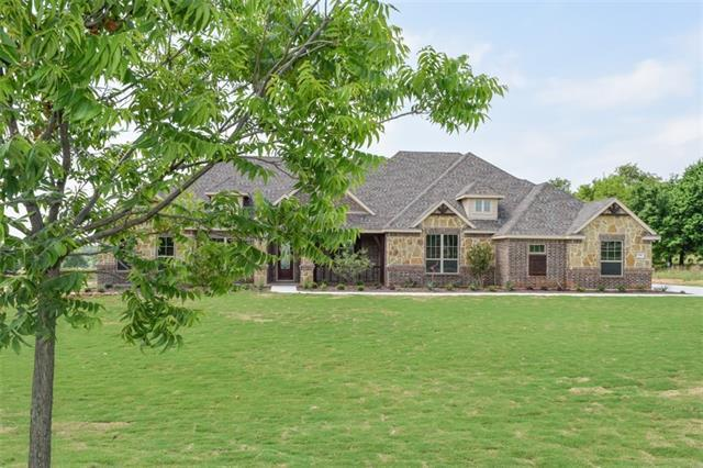 196 Brook Hollow Ln, Weatherford, TX