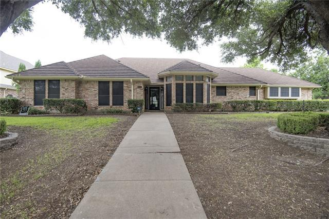 503 E Estate Dr, Grand Prairie, TX